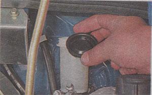 Крышка бачка ГАЗ 3302